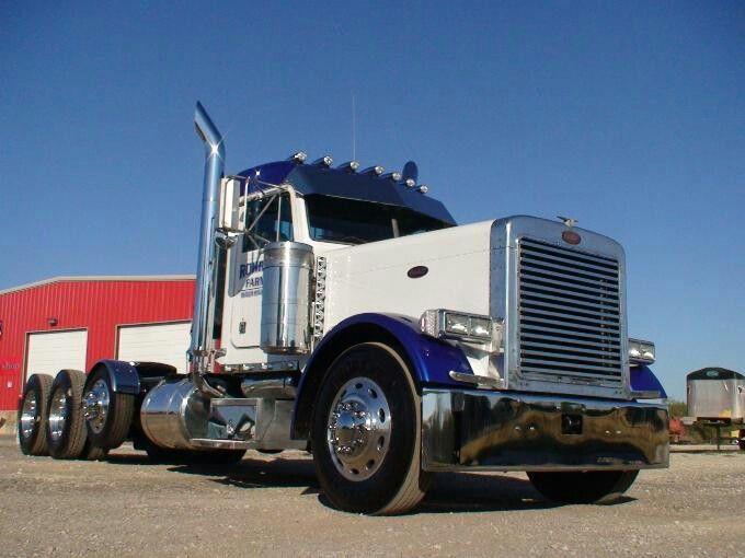 2000444-truckphoto